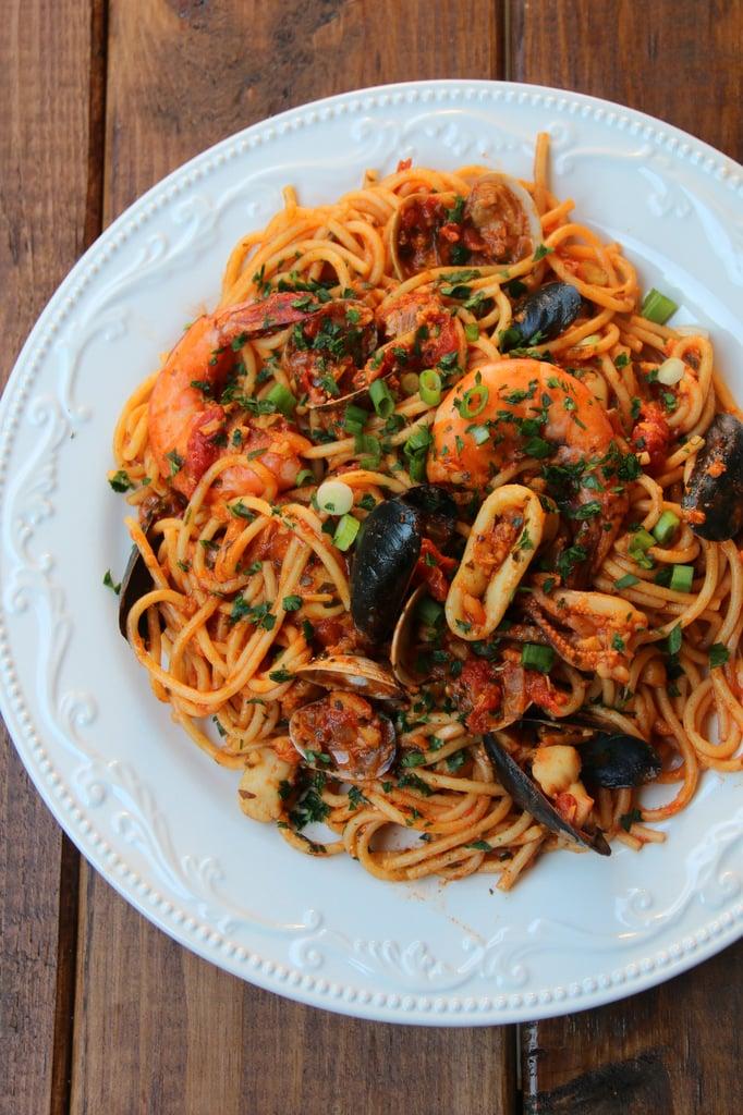 Tallarin con marisco style spaghetti