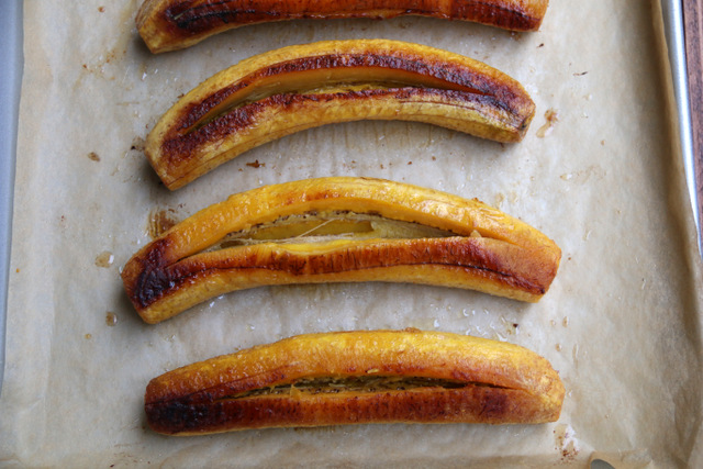 Make a lengthwise cut in the middle of each plantain