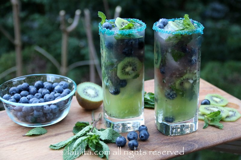 Kiwi blueberry cocktail recipe