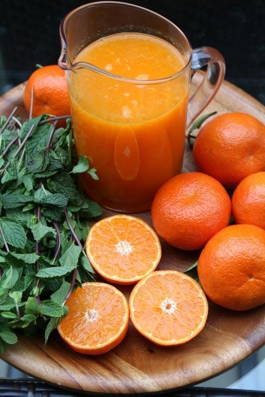 Ingredients for mandarin mojitos