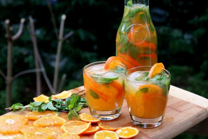 Tangerine or mandarin mojitos