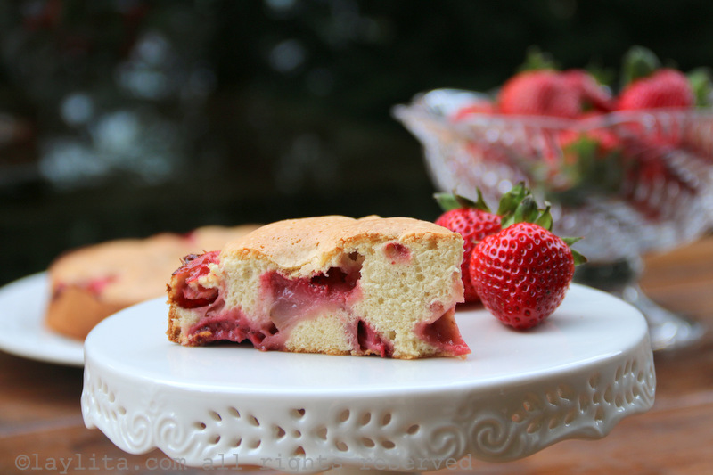 Easy Strawberry Cake Laylita S Recipes