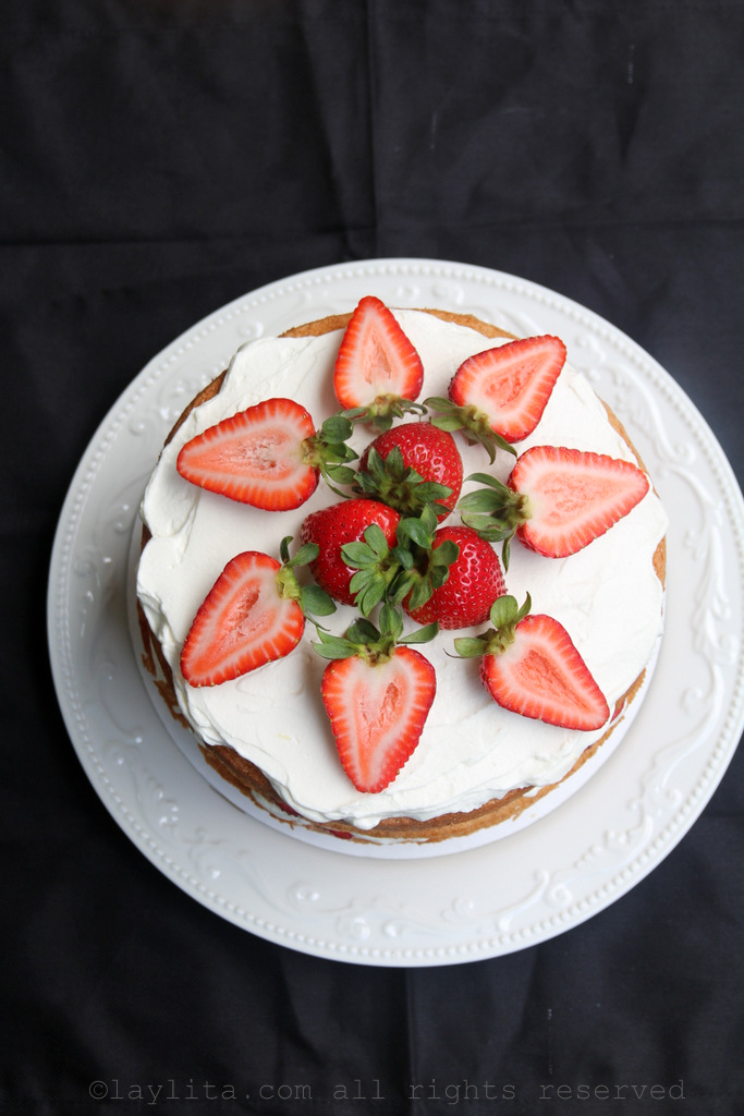 Strawberry and cream layer cake recipe