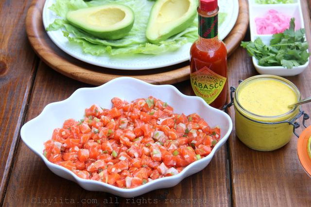 Ingredients for salmon tartare stuffed avocados