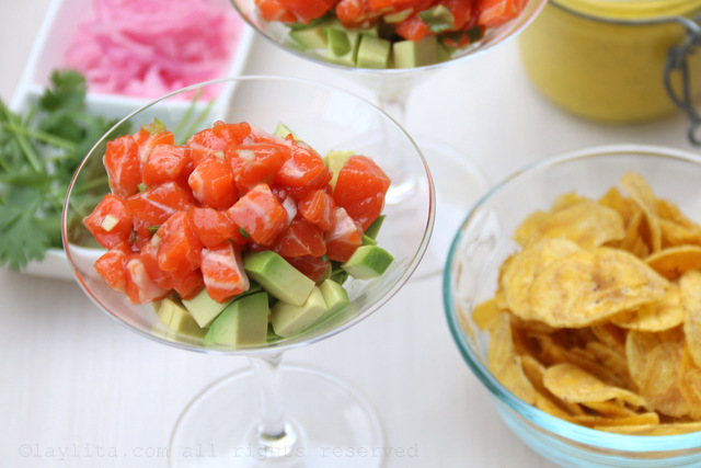 Avocado and salmon tartare with plantain chips