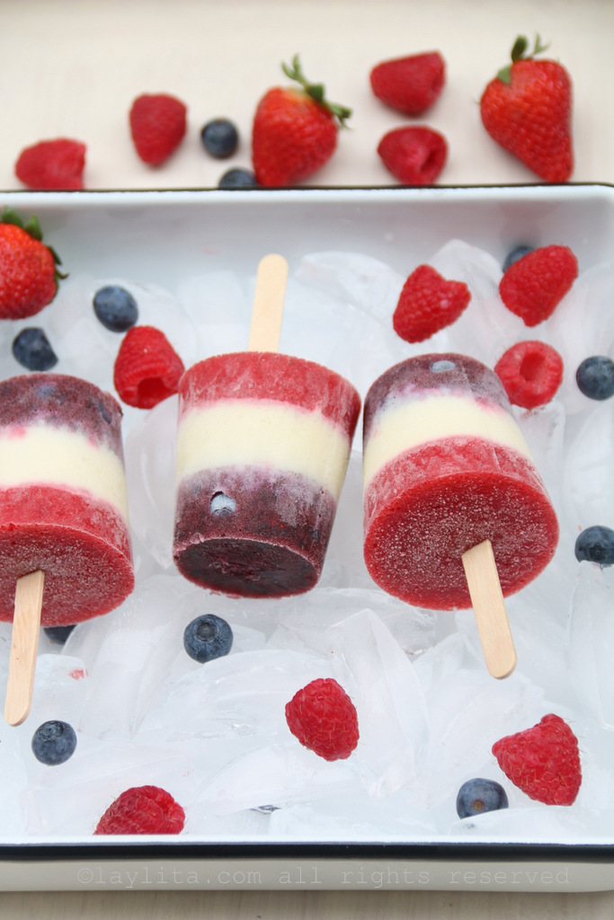 Berry red white and blue popsicles