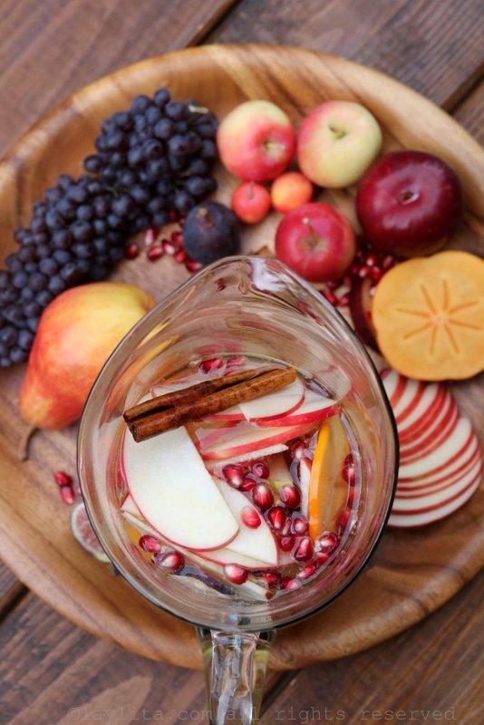 Preparing apple cider sangria