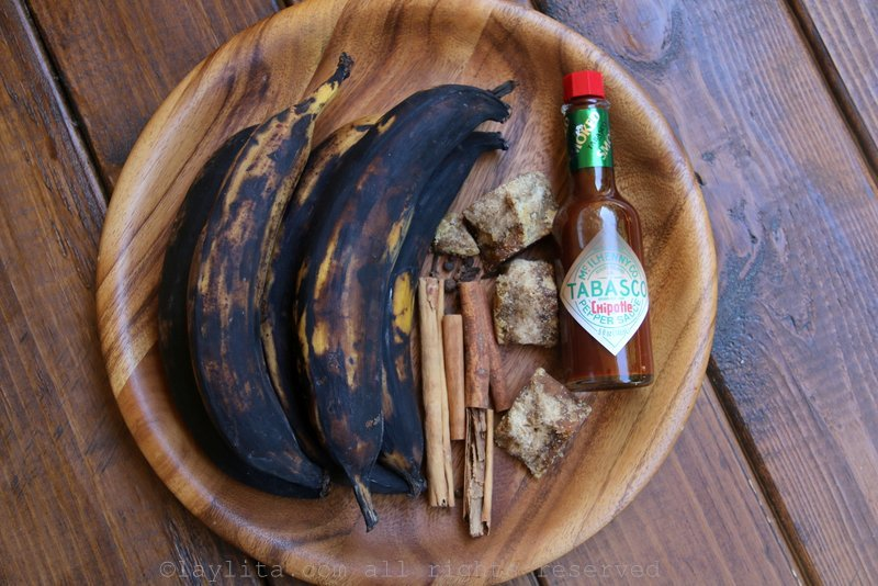 Ingredients for sweet caramelized plantains