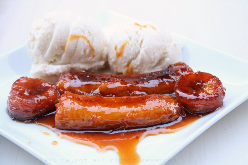 Serve the caramelized plantains warm with fresh cream or with ice cream.