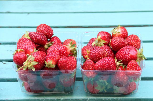 Strawberries to use for champagne strawberry ice cubes
