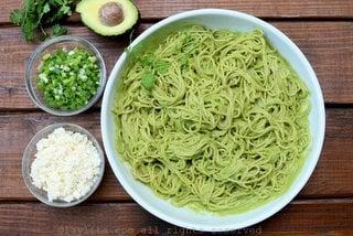 Spicy avocado spaghetti sauce