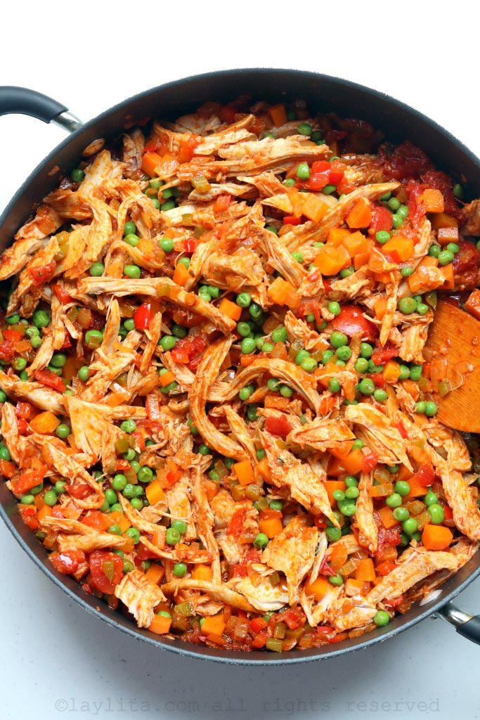 Arroz con pollo or chicken rice preparation