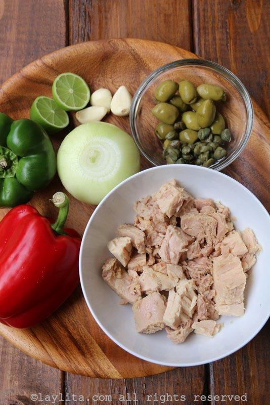 Ingredientes para el relleno de atún