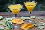 Spicy mango margaritas