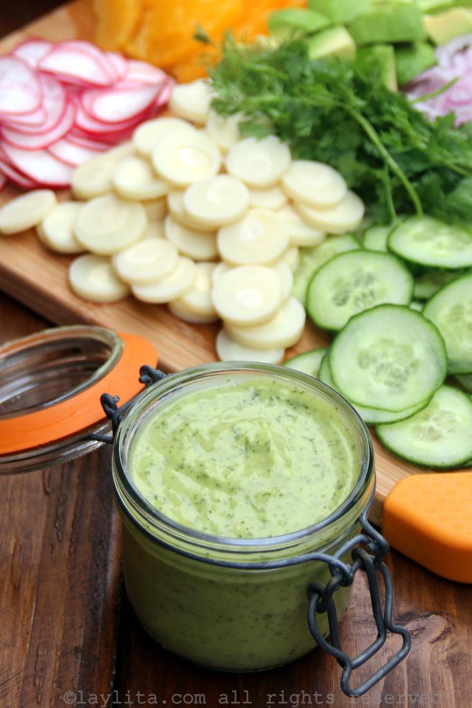 Avocado salad dressing recipe