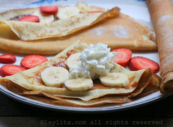 Sweet crepes with dulce de leche and bananas