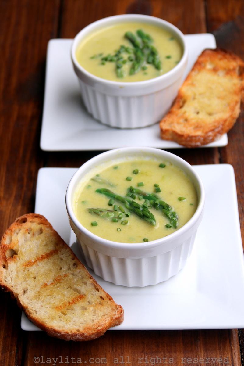 Homemade creamy asparagus soup