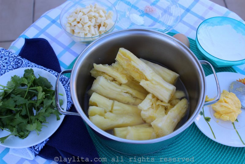 Ingredients for Brazilian manioc balls stuffed with cheese