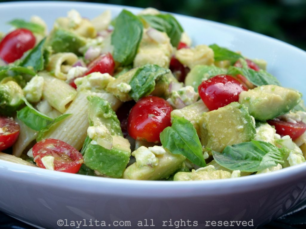 Avocado and tomato pasta salad recipe