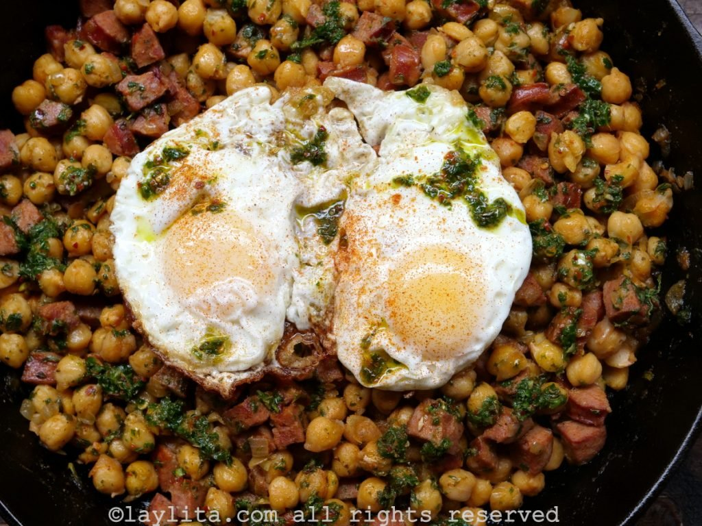 Chickpeas, chorizo and eggs with chimichurri