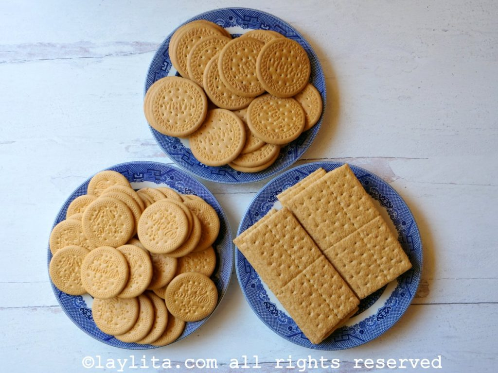 Two different types of galletas Maria sweet crackers and Graham crackers for cookie crumb pie crust