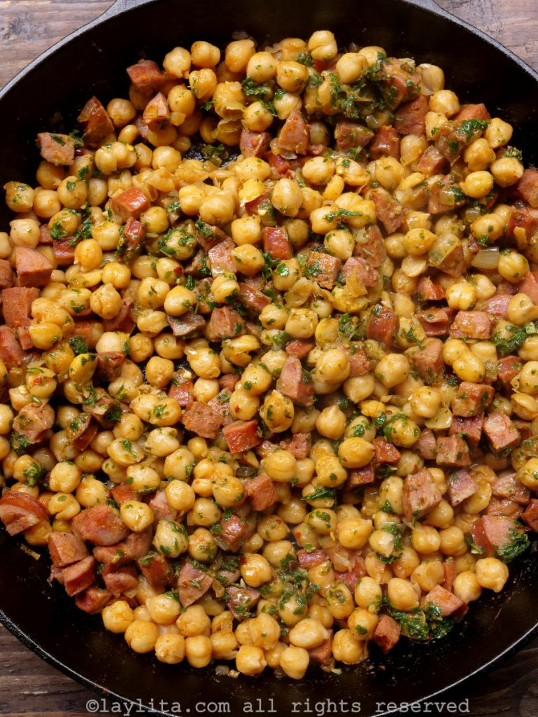Garbanzos or chickpeas with chorizo and chimichurri