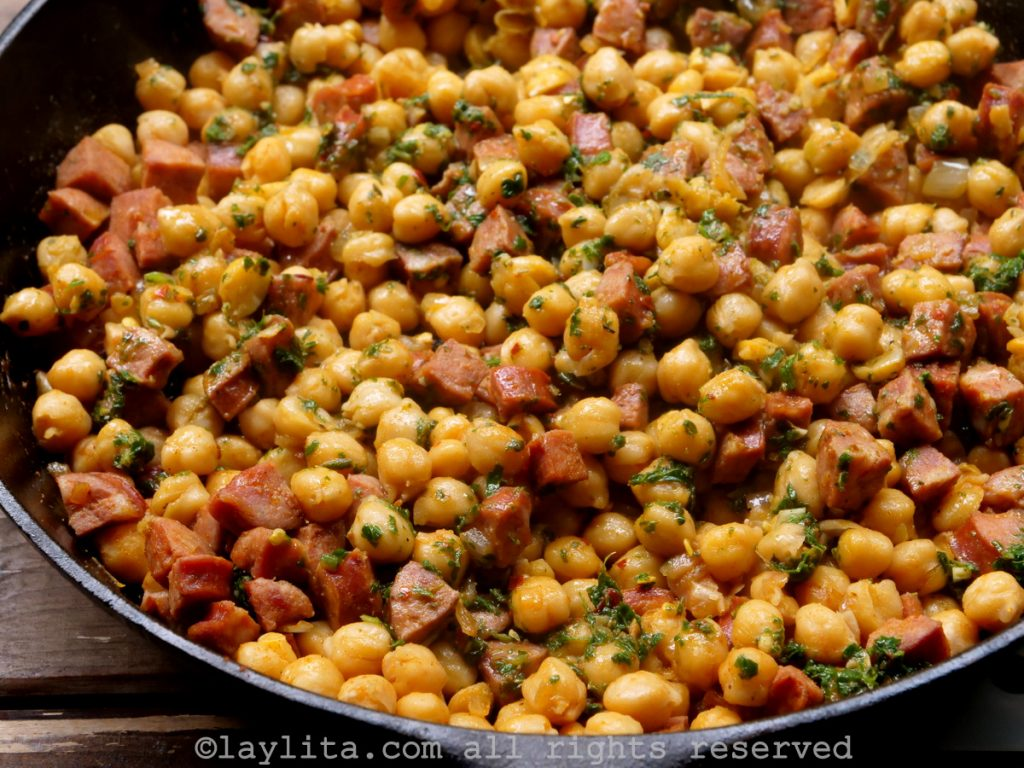 Garbanzos or chickpeas with chorizo and chimichurri recipe