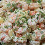 Ecuadorian potato salad with shrimp and carrots - easy recipe