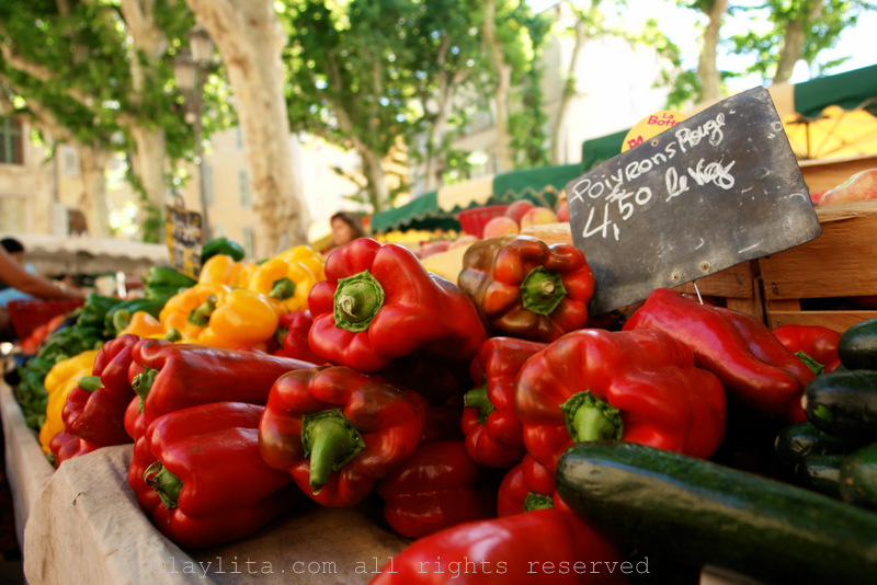 Bell peppers at the Aix market