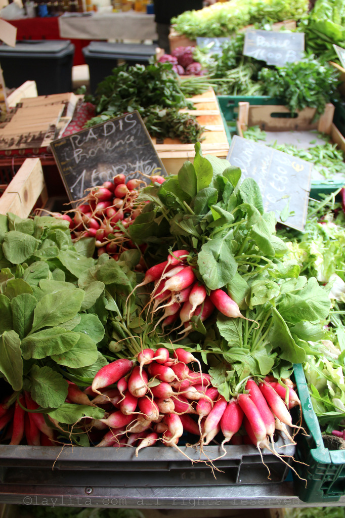 Radishes at the market in Aix