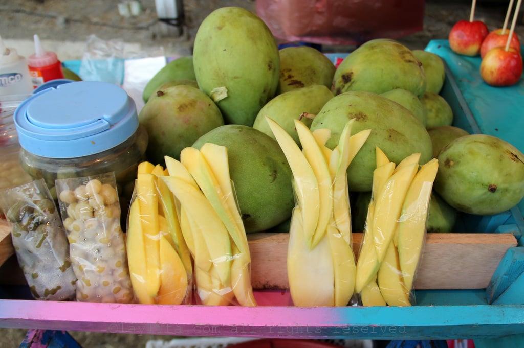 Green mango with salt