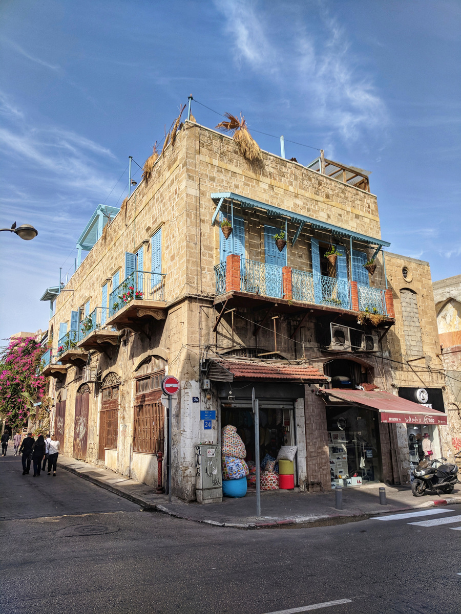 Exploring the streets of Tel Aviv